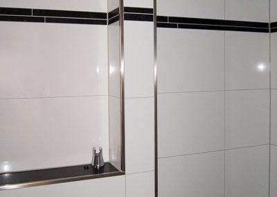 Badsanierung-Edelstahlprofile