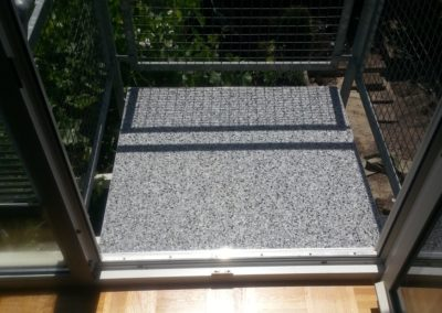 Balkonsanierung_quadratisch_steinteppich_stuttgart