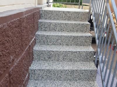 Treppenbeschichtung-haueingang-mit-wandbeschichtung